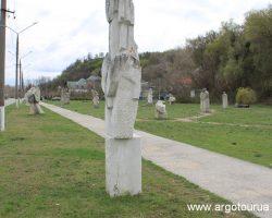 Kaniv Shevchenko Alley with 19 stones sculptures