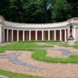 Foto #3  Colonnade Theater
