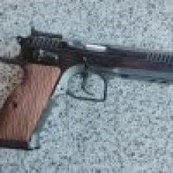 Shooting Gun Range Kiev Tanfoglio Stock III Italy